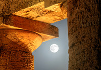 Blue Moon Among The Columns of Segesta Temple bis